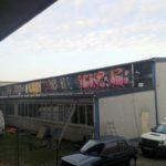 Fenster vor Graffiti Entfernung