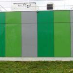 Metallwand nach Graffiti Entfernung